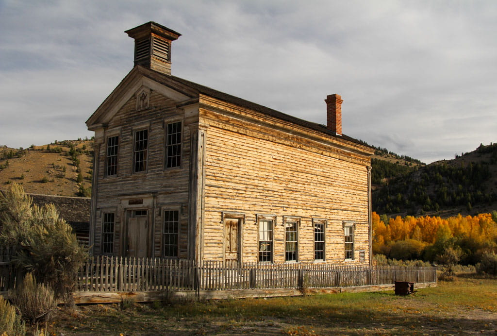 Bannack Masonic Lodge and school