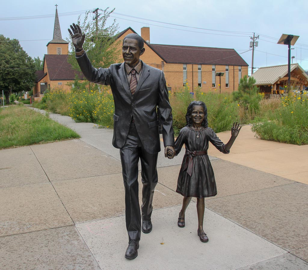 President Obama and daughter statue on the Presidents Walk in Rapid City