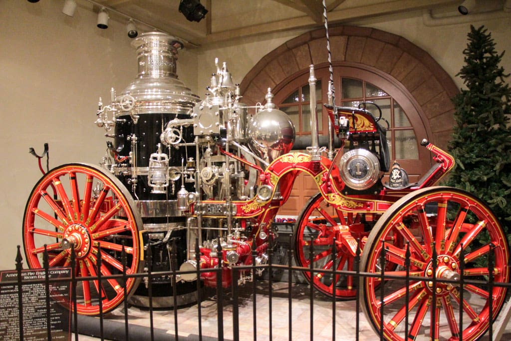 Antique steam-powered fire pumper