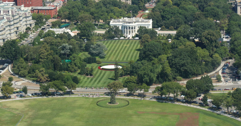 Aerial view Ellipse, south lawn and White House