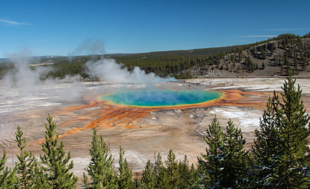Yellowstone's colorful Grand Prismatic hot spring