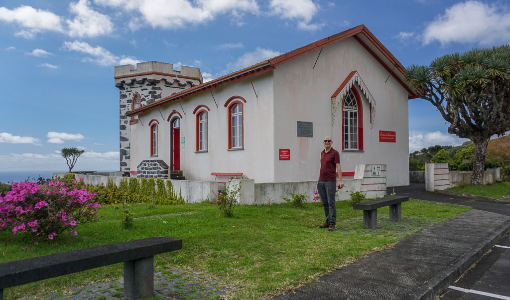 Capelo Handicraft Center Faial exterior