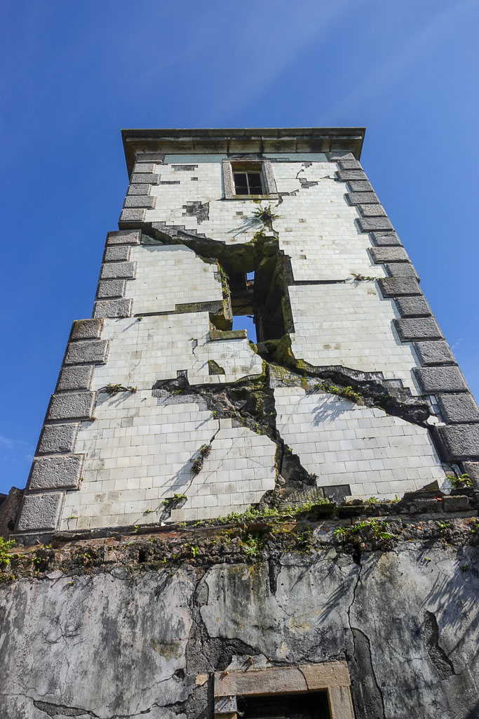 Tower of Ribeirinha Lighthouse Faial damaged by 1998 earthquake